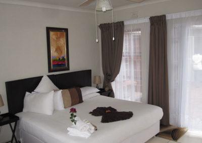 Room 7 (4)